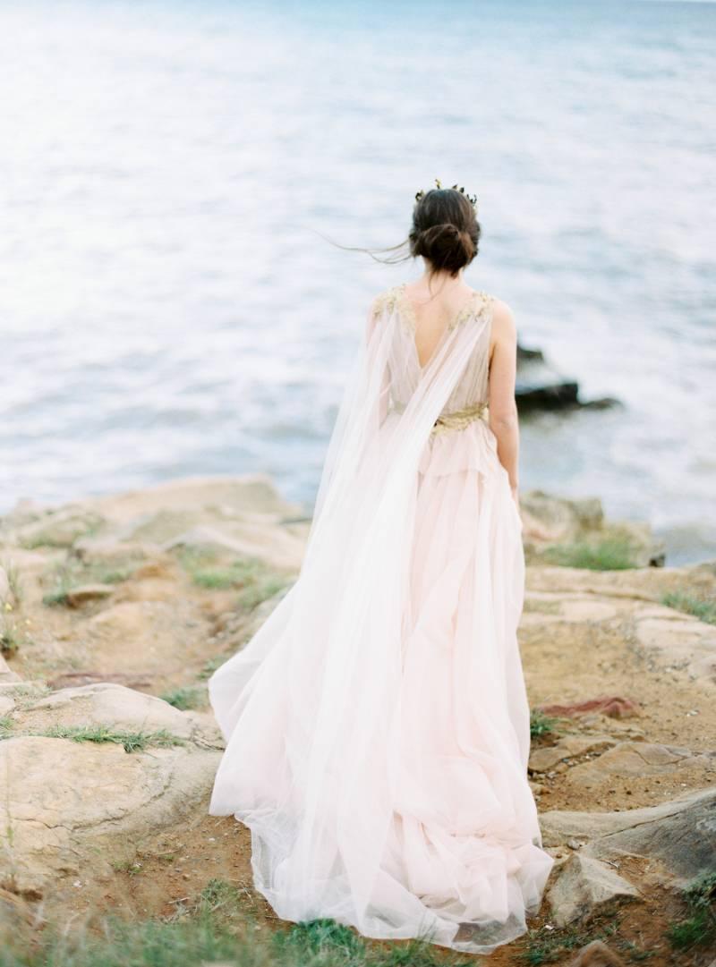 Best nature inspired wedding dress photos styles ideas for Nature themed wedding dress