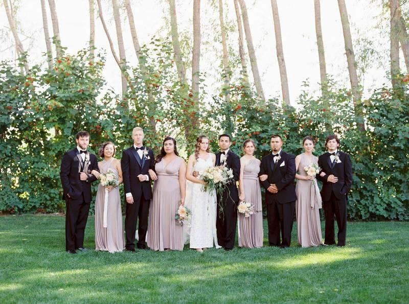 Soft Romantic Garden Wedding In Washington Washington Real Weddings