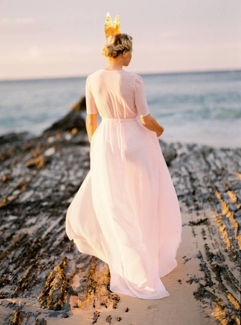 Serene Australian Bridal Shoot Inspired By Swan Lake