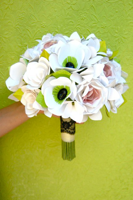 Anemone Flowers, Spokane wedding blog