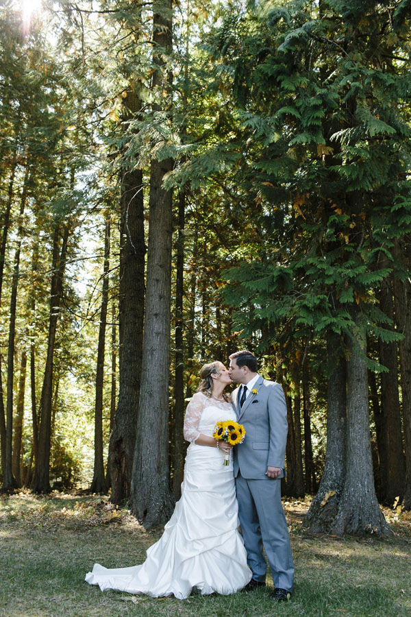 EmilyWenzel_Camden-Ranch-Wedding_IMG-0012