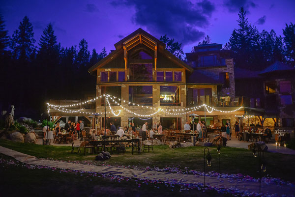 outdoor-wedding-nighttime-trr