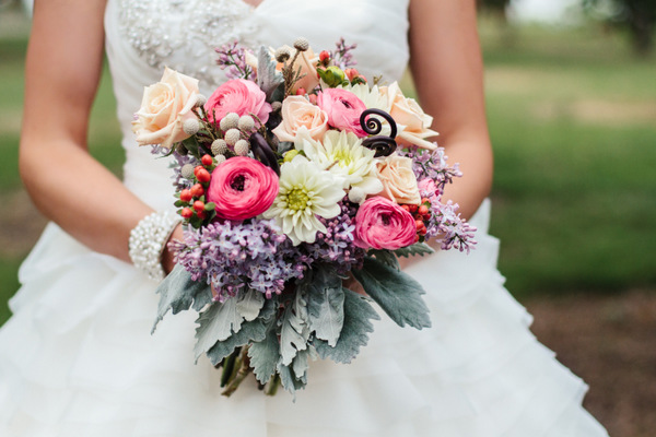 Bouquet by Dragon Flower Design, Photo by 2ee's Photography