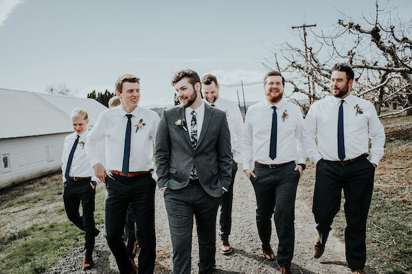Blush Winery Wedding In Central Washington