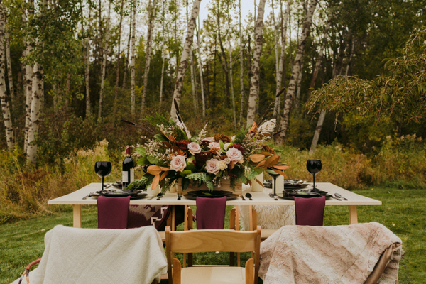 Moody Modern Wedding Inspiration in Deer Park on Apple Brides