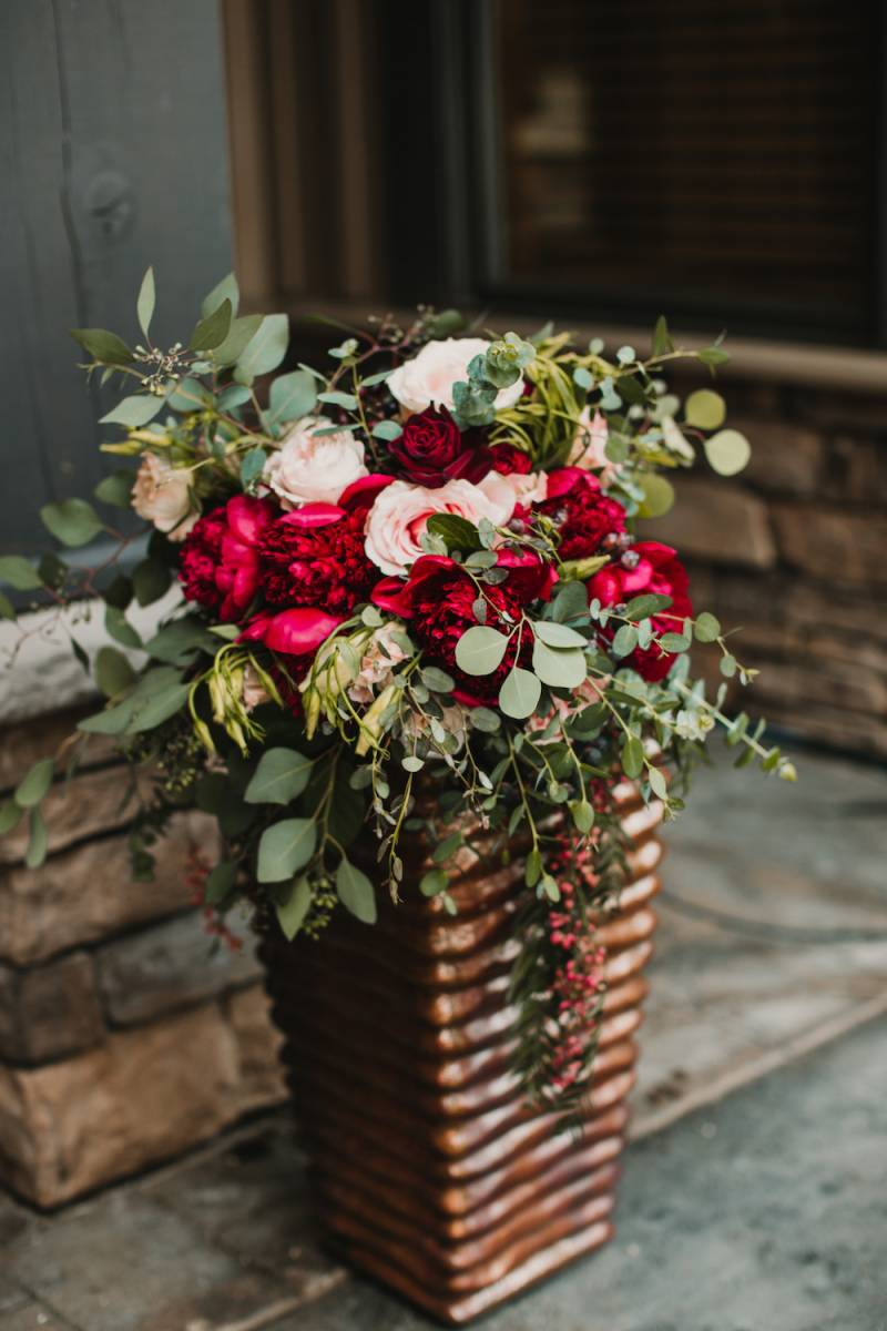 Elegant Wine-Hued Wedding In Cle Elum,  Washington on Apple Brides