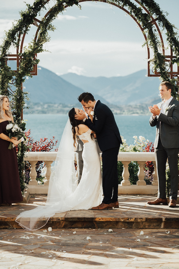 Stylish French-Inspired Wedding On Lake Chelan