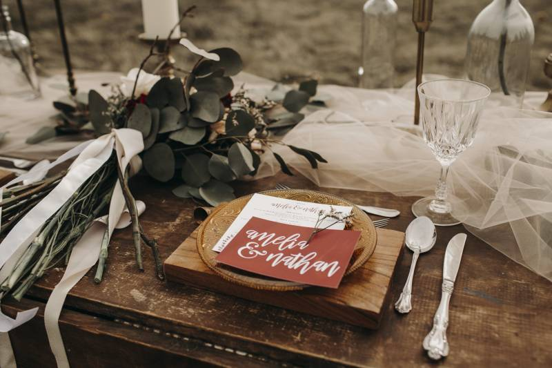 Red Invitation | Vintage Sweetheart Table| Sweet Intimate Styled Elopement On The Palouse