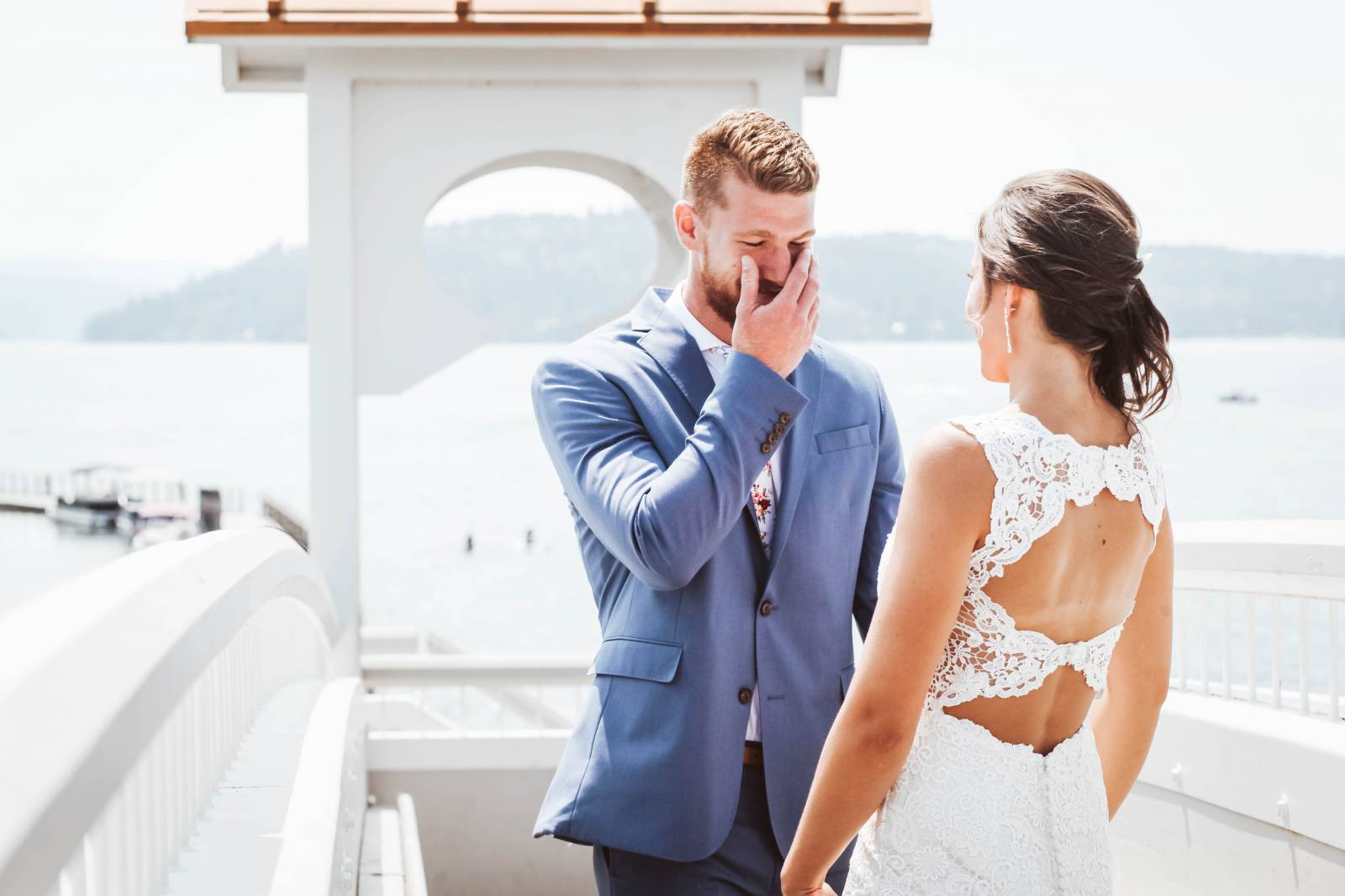 First Look | Fun + Colorful Lake Coeur d'Alene Wedding