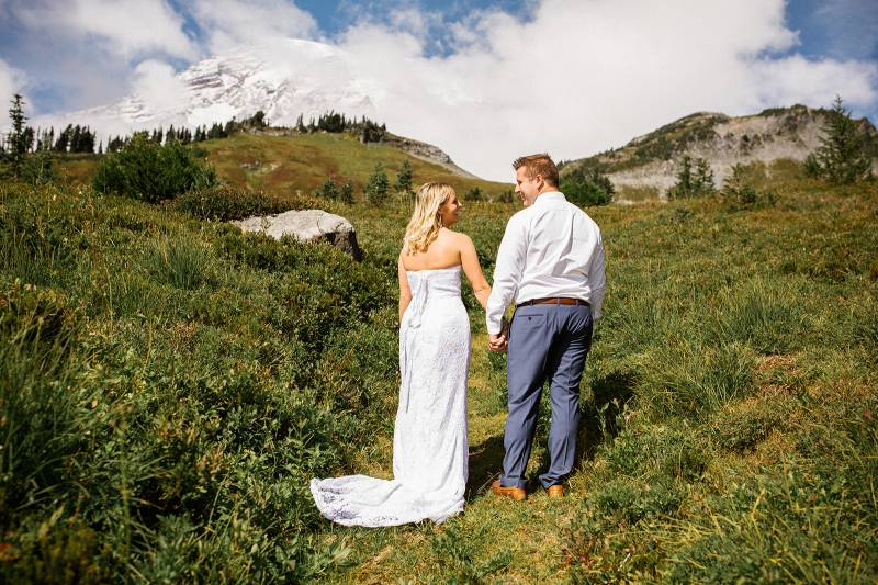 Heartfelt and Sentimental Intimate Vow Renewal at Mt. Rainier on Apple Brides