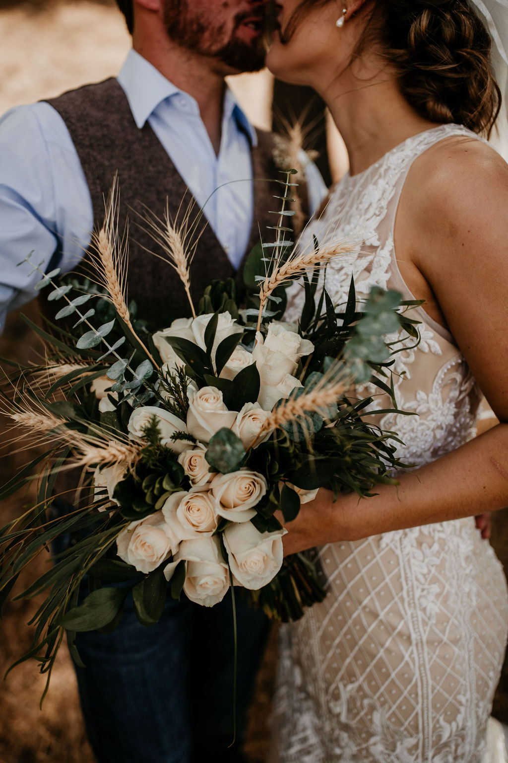 Simply Country White Bouquet | Rustic DIY Ranch Wedding on Apple Brides
