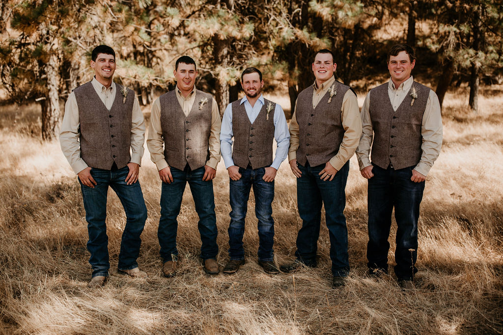 Country Groomsmen | Rustic DIY Ranch Wedding on Apple Brides