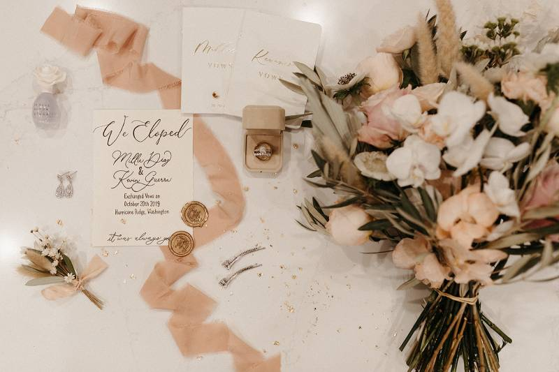 Intimate Fall Elopement At Lake Crescent on Apple Brides