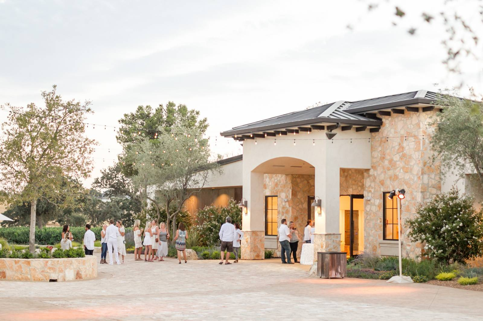 The Brand New Paso Robles Winery Wedding Venue Rava Wines Hosted Standard Members For An End Of Summer White Party Everyone Dressed In
