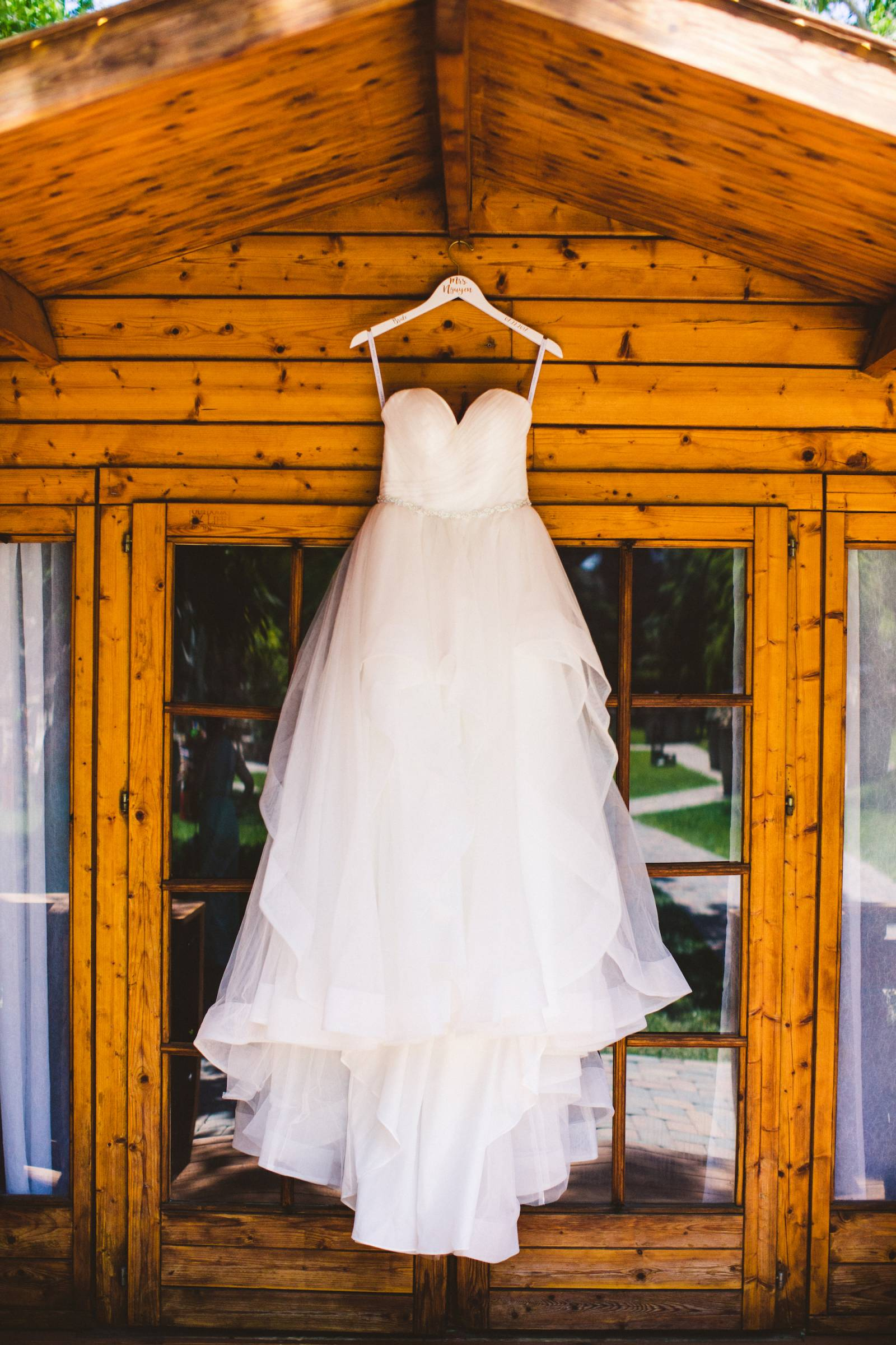 A Classic Bride's Dress - Adventure Inspired Weding | The Wedding Standard