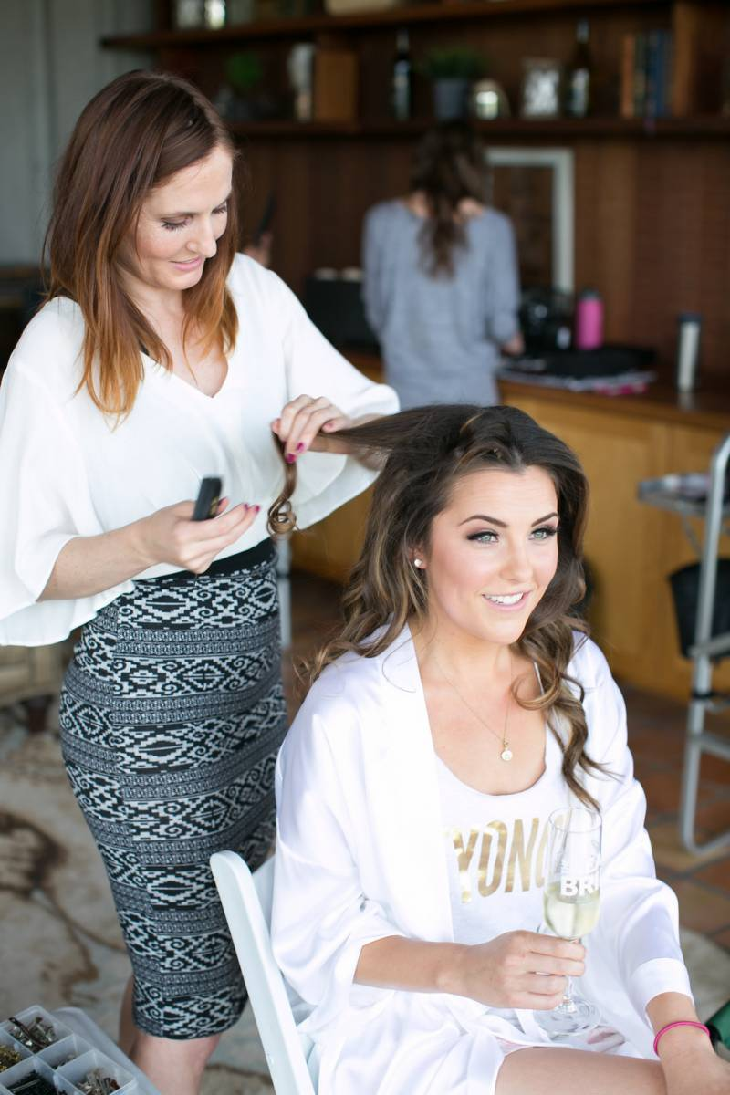4 Tips To Finding Your Wedding Hair And Makeup Artist California