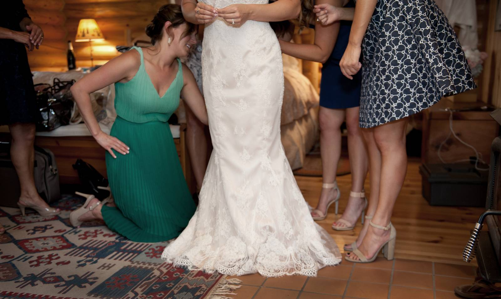 bride getting wedding ready captured by Montana wedding photographers Larry Stanley Photography