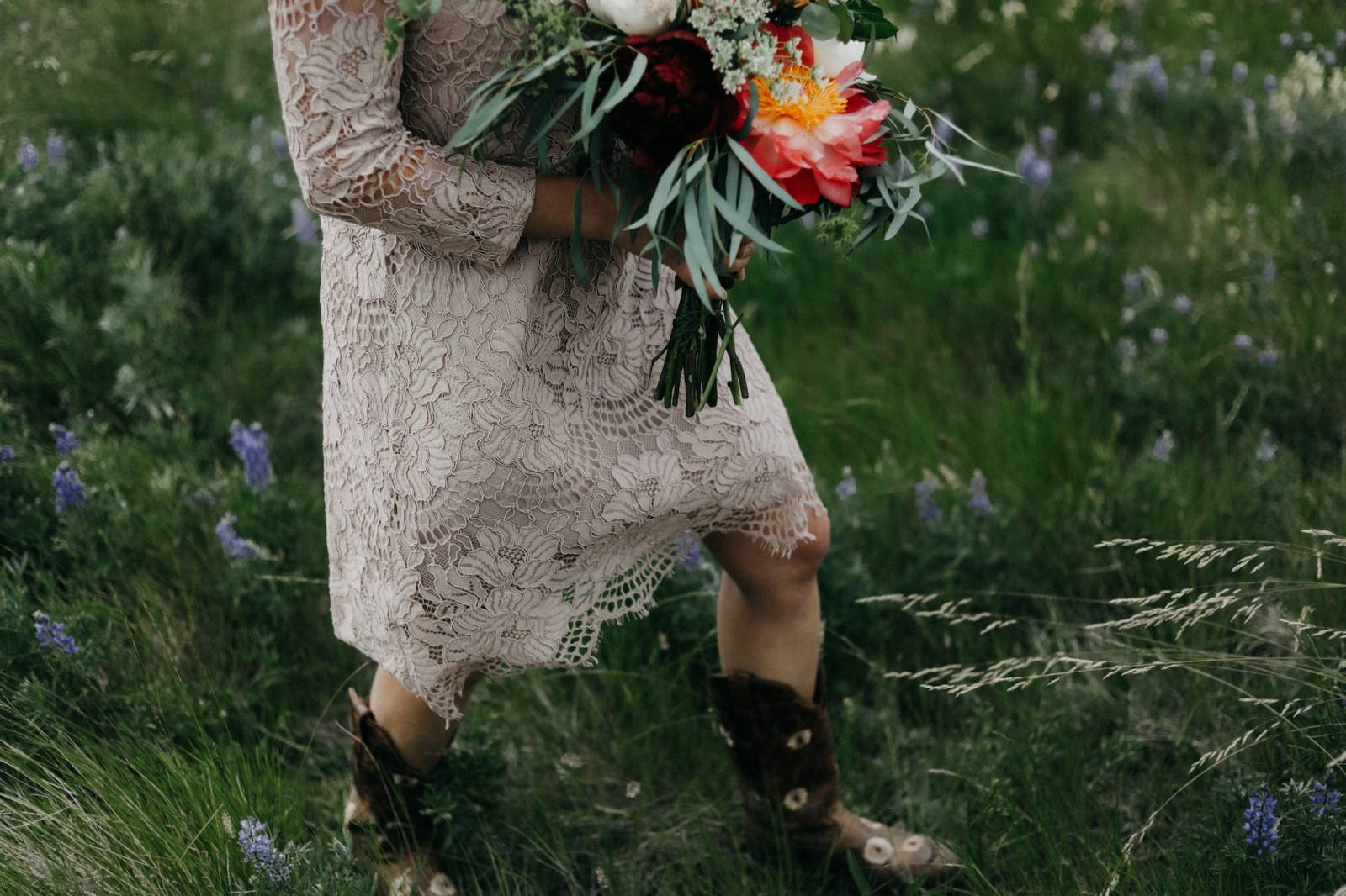 rustic casual bridal portrait captured by Alberta wedding photographer Malorie Reiter