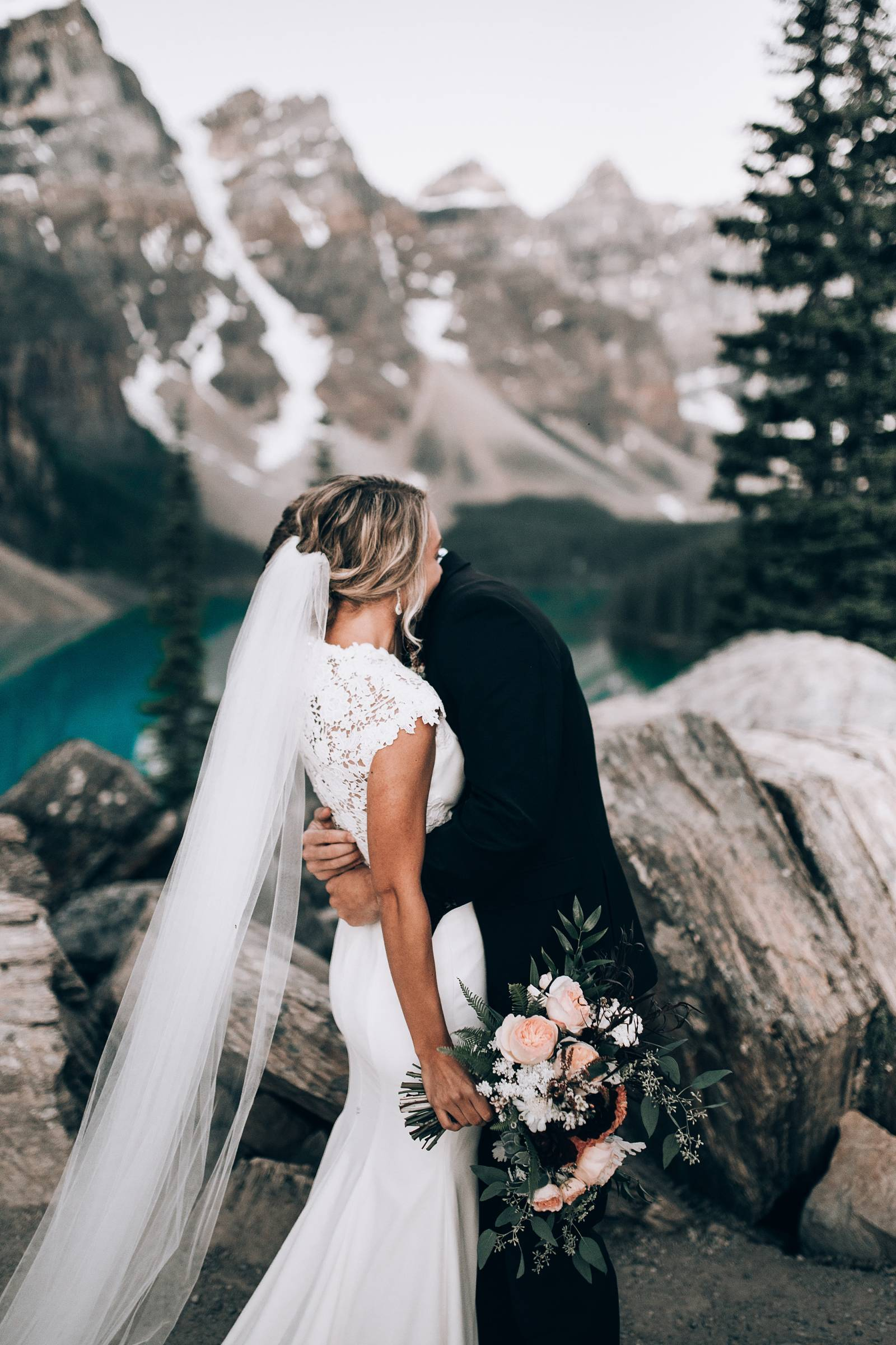 stunning mountain first looks | Lake Louise, Alberta wedding inspiration