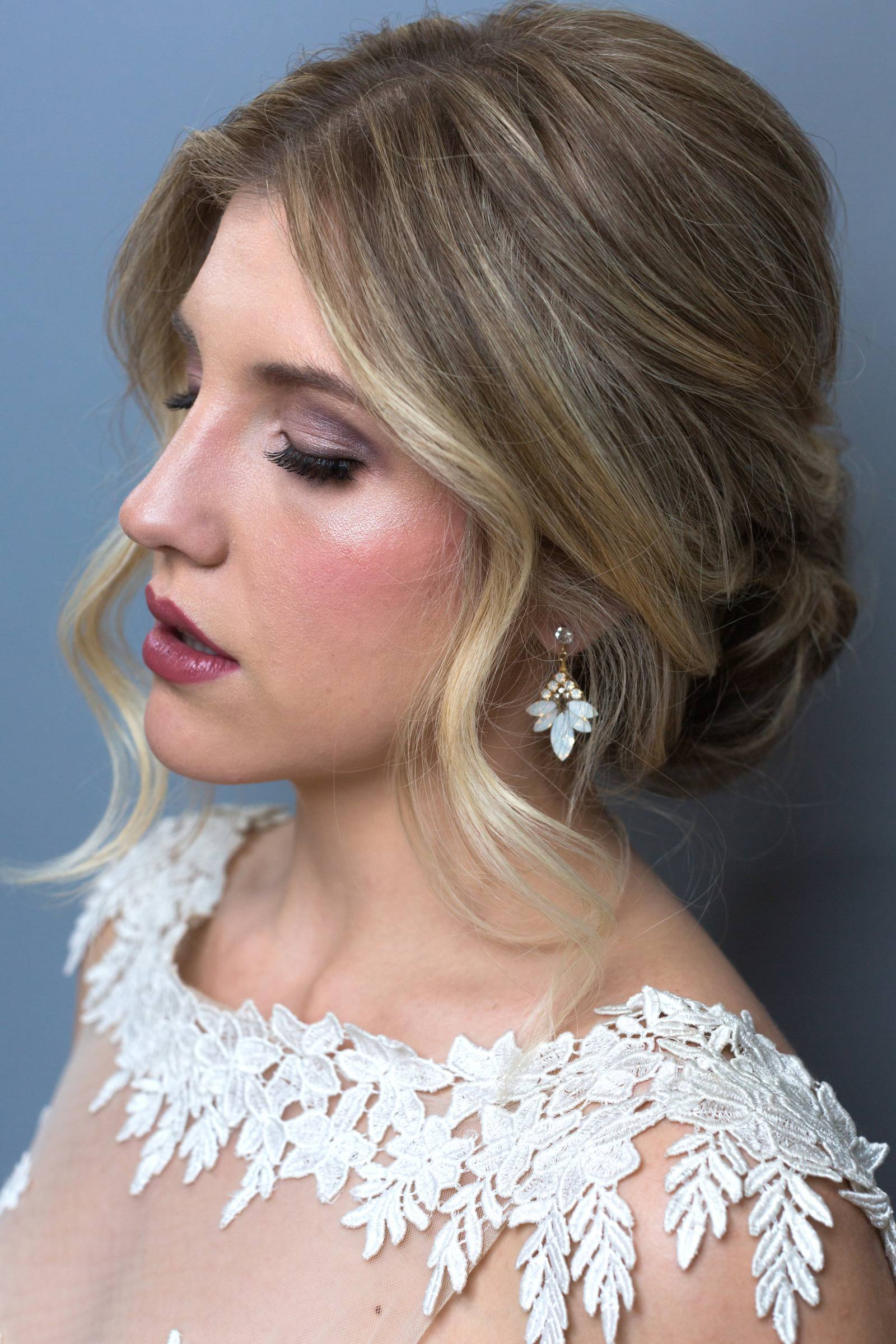 wedding hairstyle inspiration for bride to be | messy updo