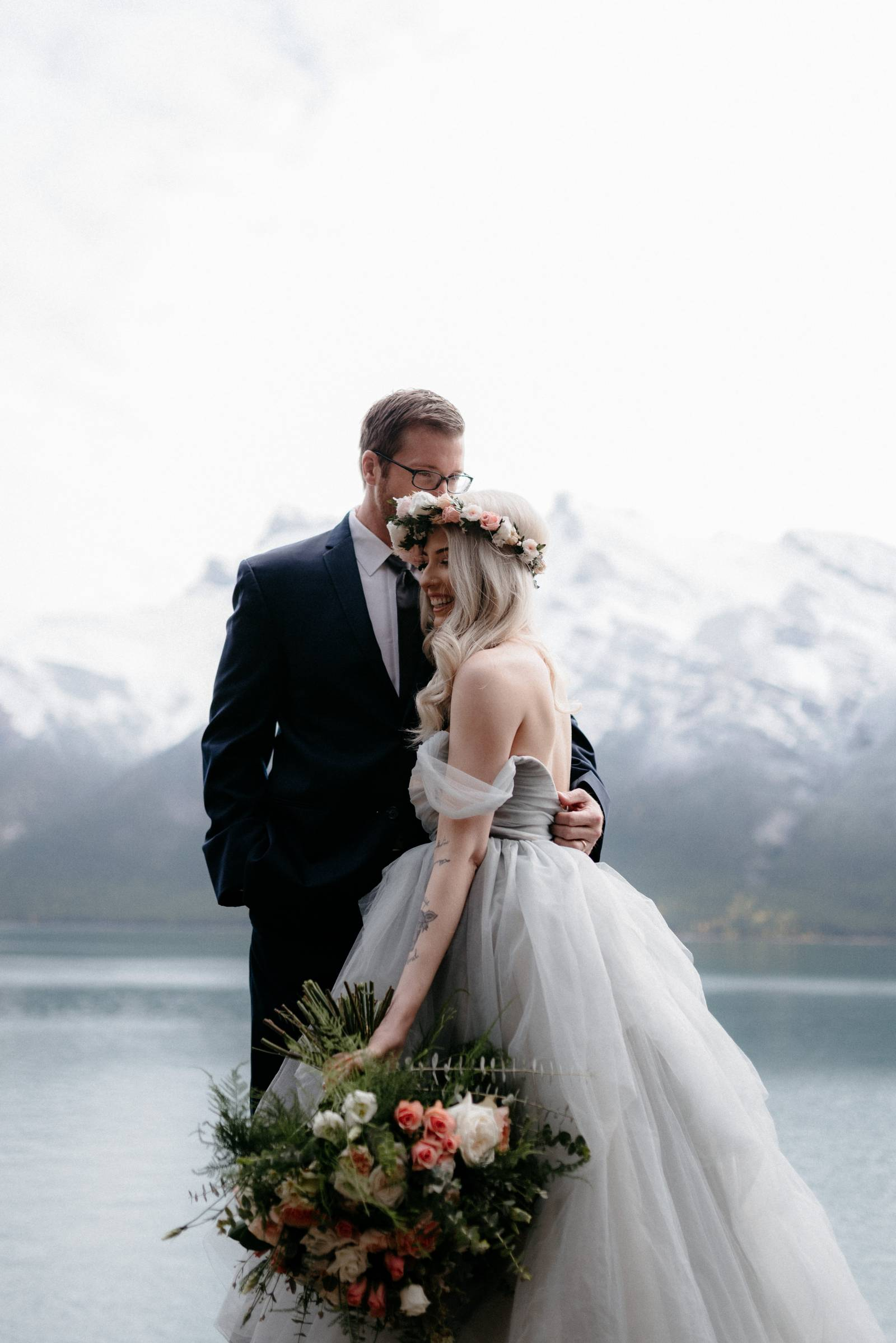 bride and groom | a foggy Banff elopement captured by Canadian wedding photographer Hennygraphy