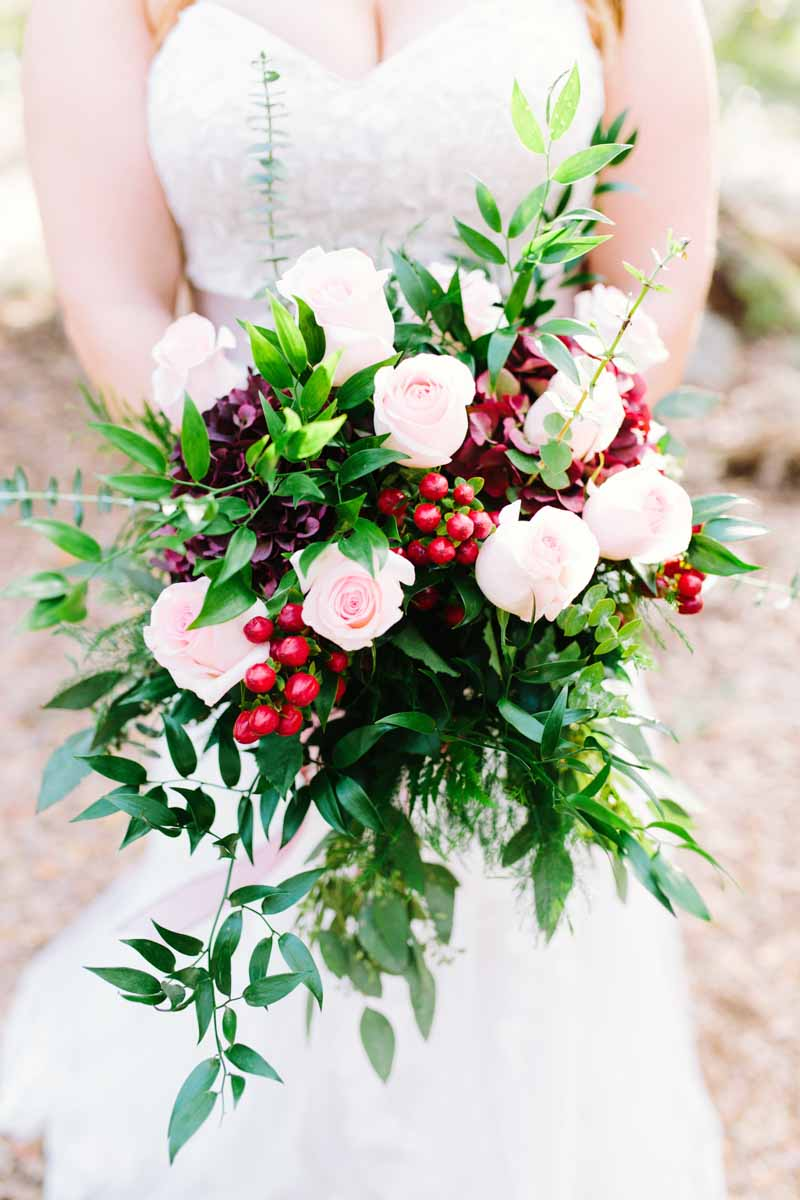 Beautiful Fall Bridal Bouquets