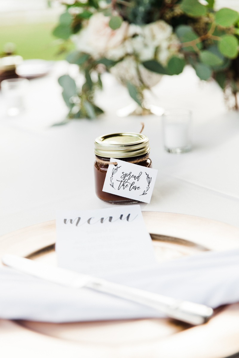 jam wedding favor saying spread the love