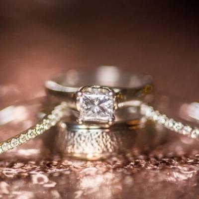 buying engagement rings