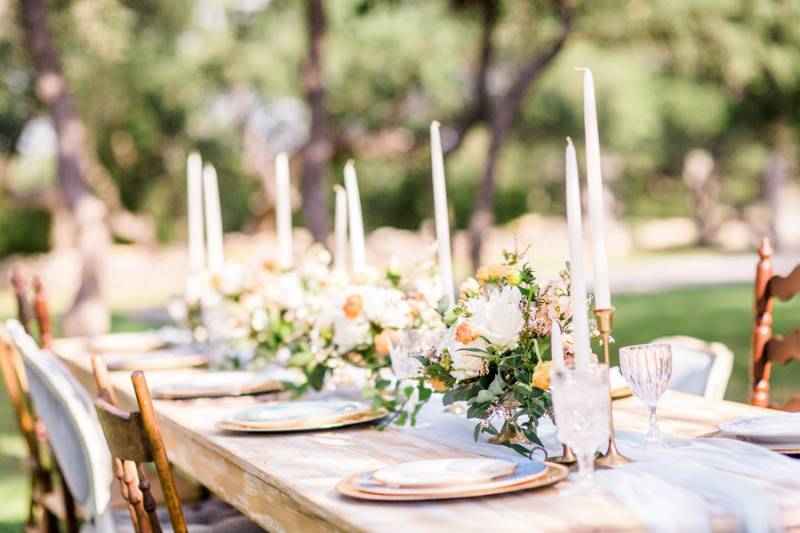 Table decor with white candles