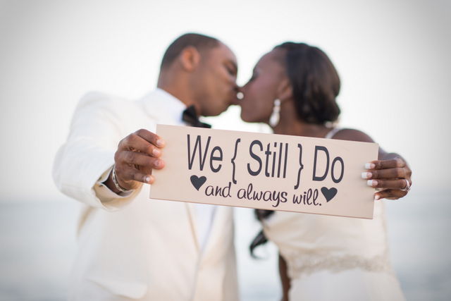 Beach Vow Renewal Ceremony: Real Vow Renewals {Hawaii}: Mercedes & Brian!