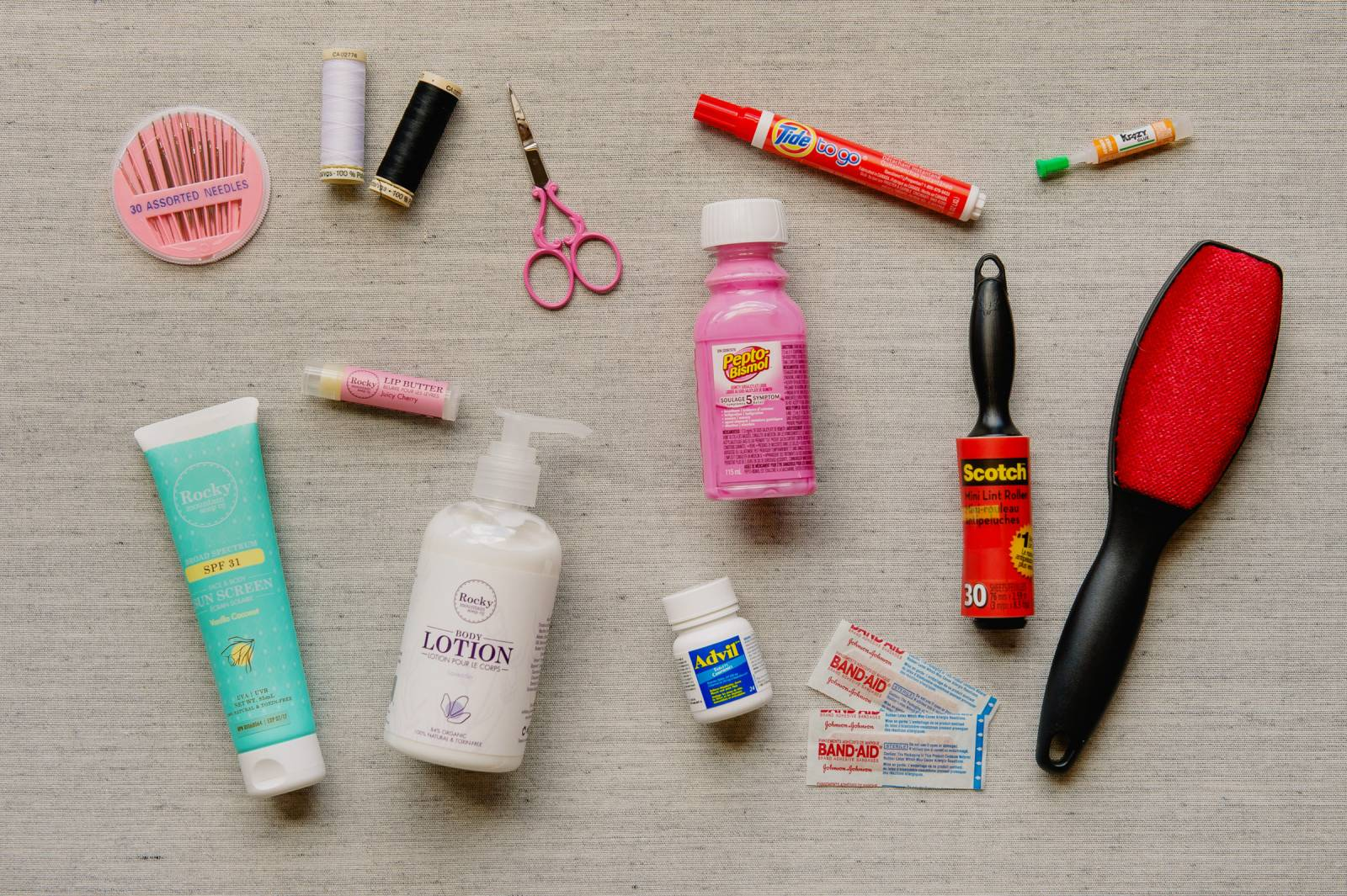 Wedding Day Emergency Kit.Wedding Day Emergency Kit 18 Essentials Every Bride Needs On Her