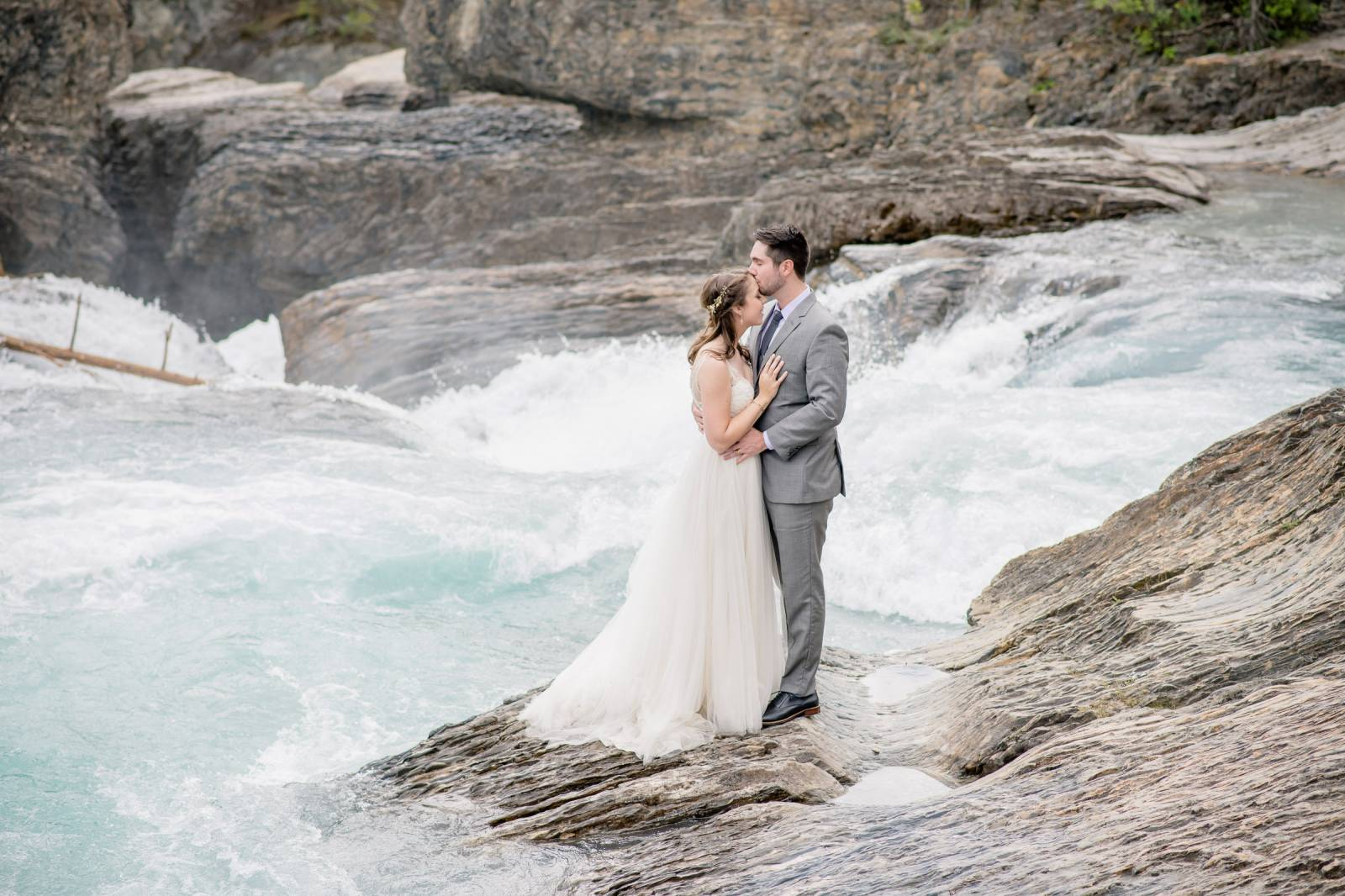 0ac90a4cbe3c Tips for a destination Canadian Rockies Mountain Wedding | Wedding Tips
