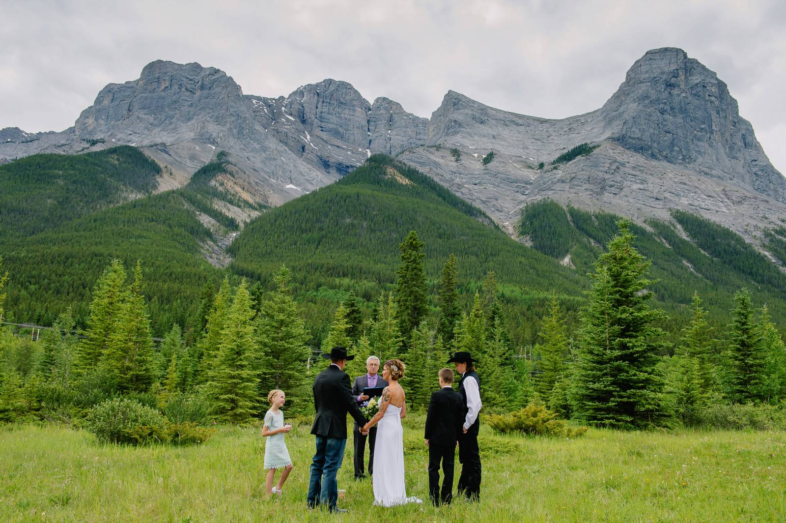 Places to elope in the canadian rockies item 96 for Best destinations to elope