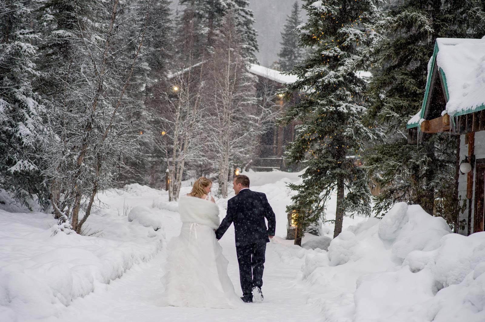 Winter Weddings In The Canadian Rockies