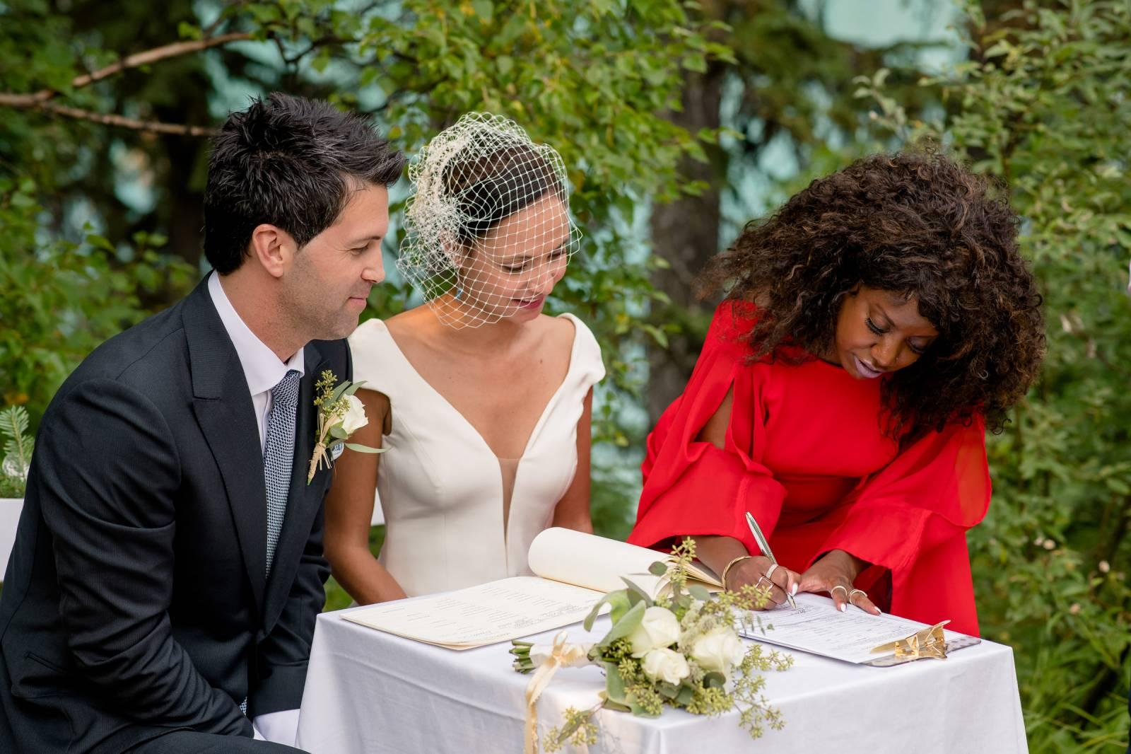 3 ways to save money on your Mountain Wedding