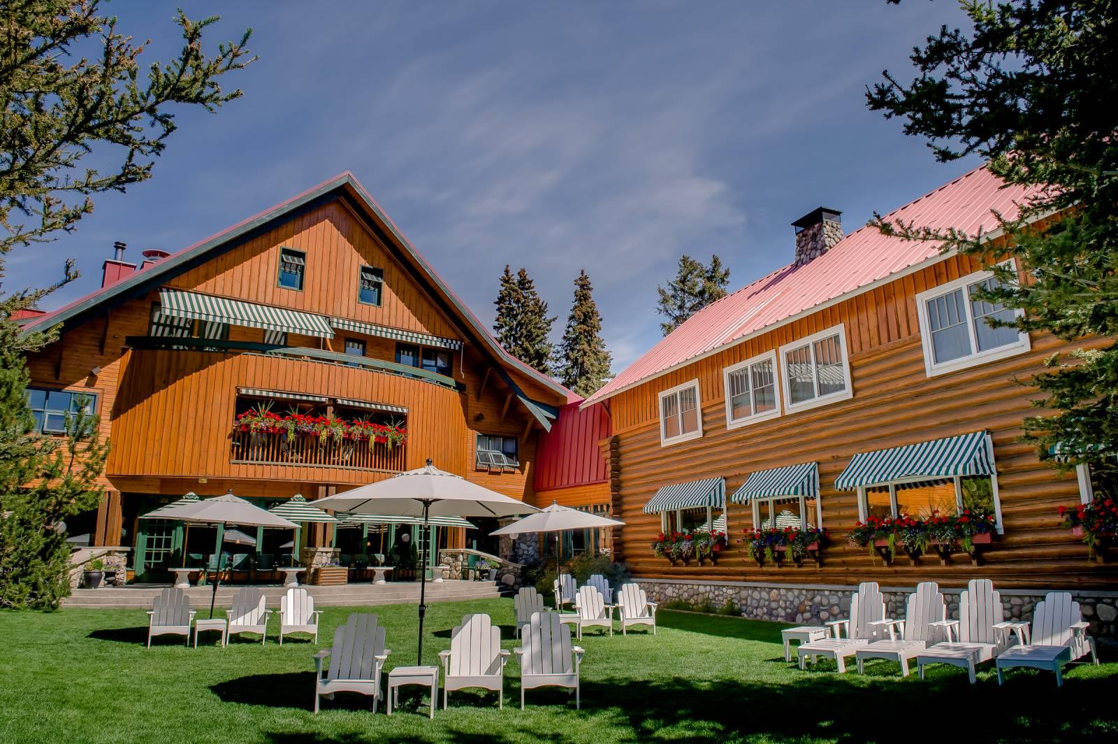 The Post Hotel Lake Louise Wedding Venue | Alberta Wedding