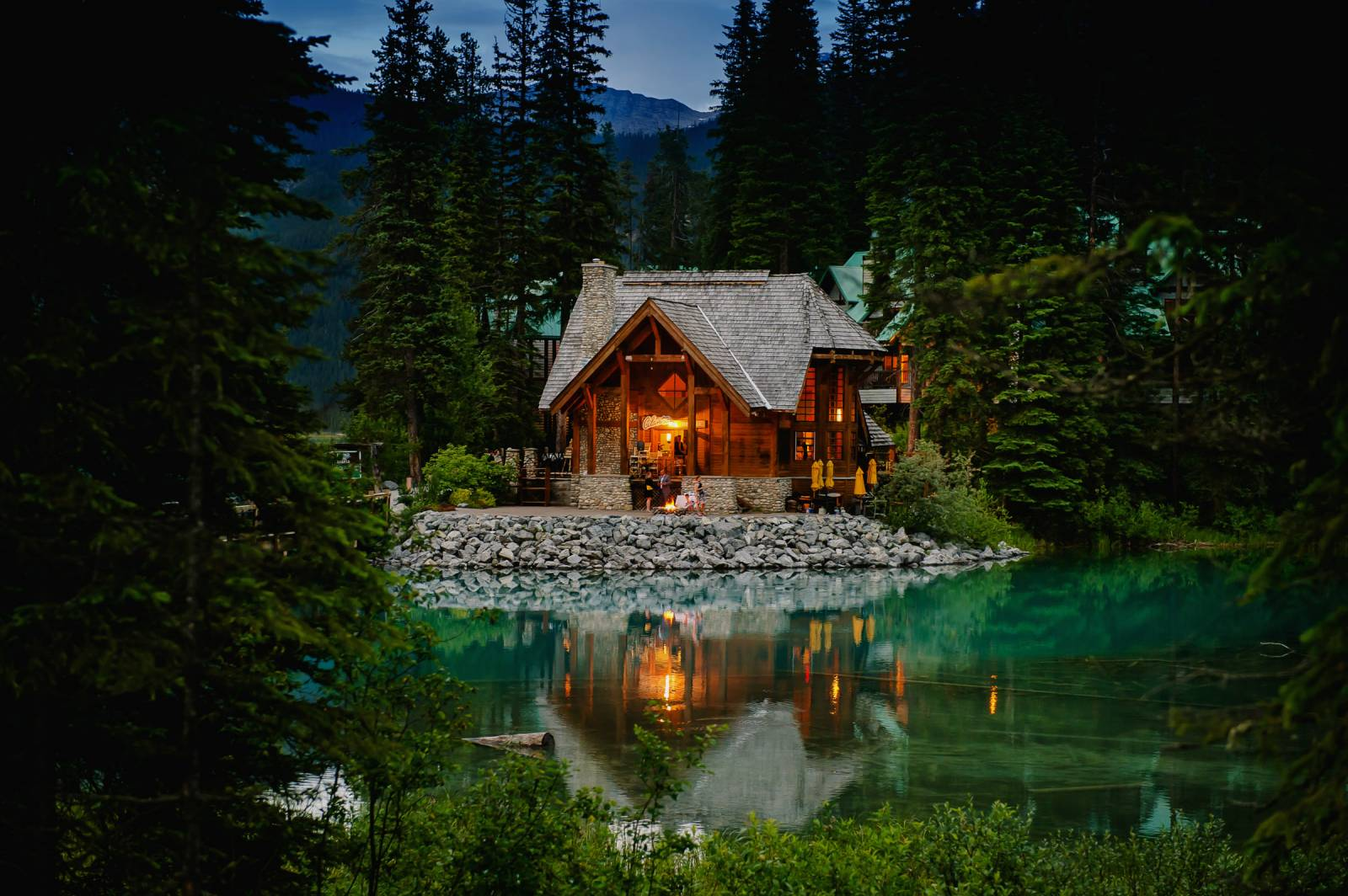 Emerald Lake Lodge Wedding Venue British Columbia