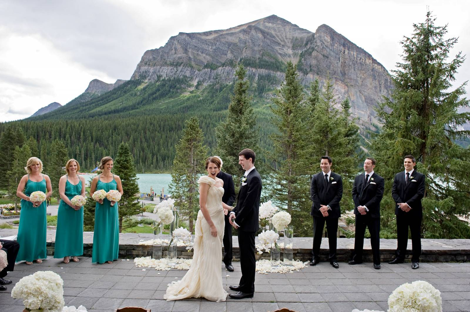 I Love The Privacy Of Victoria Terrace At Cau Lake Louise It Offers Gorgeous Views Overlooking