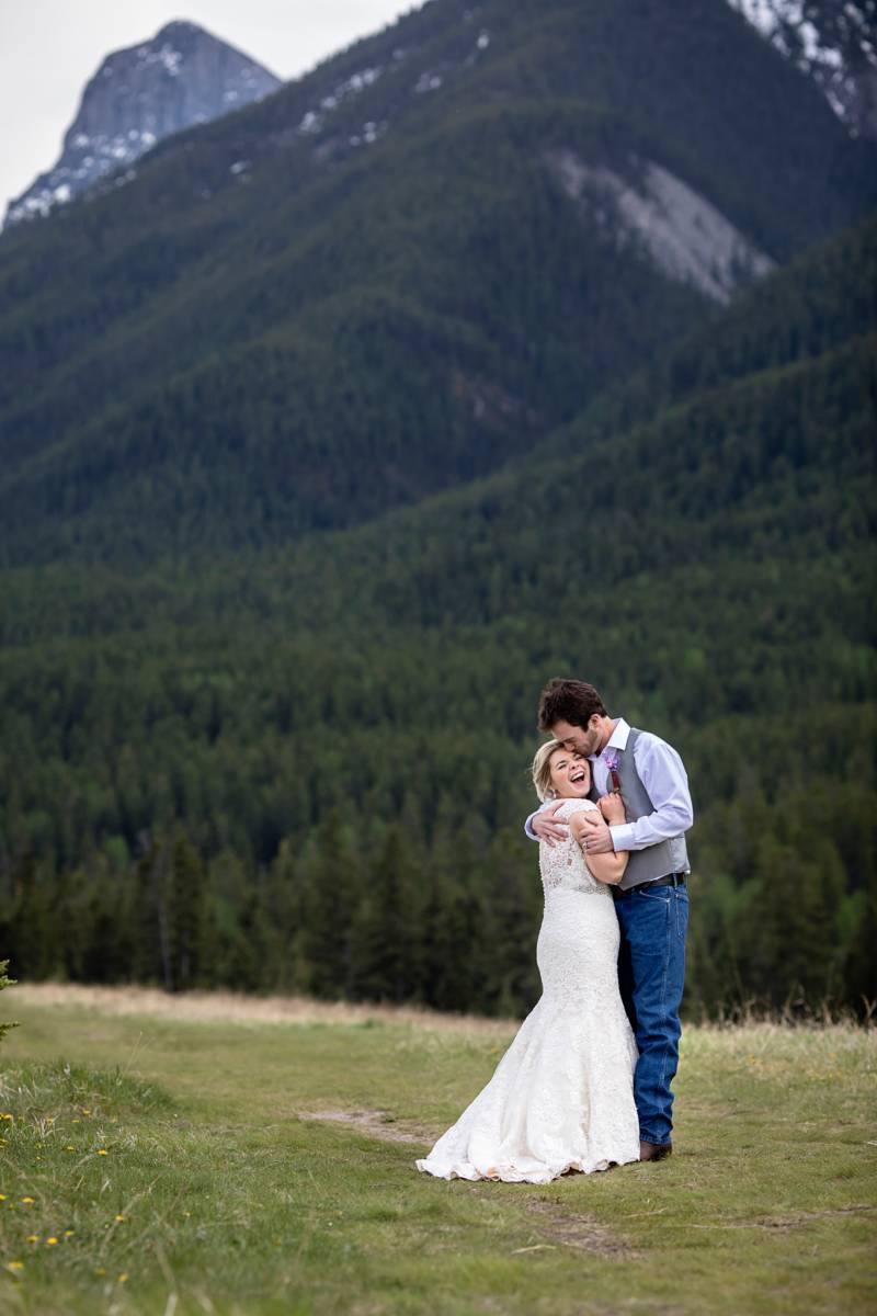 Canmore Wedding Photographer, mountain wedding, summer canmore wedding, rustic canmore wedding, canm