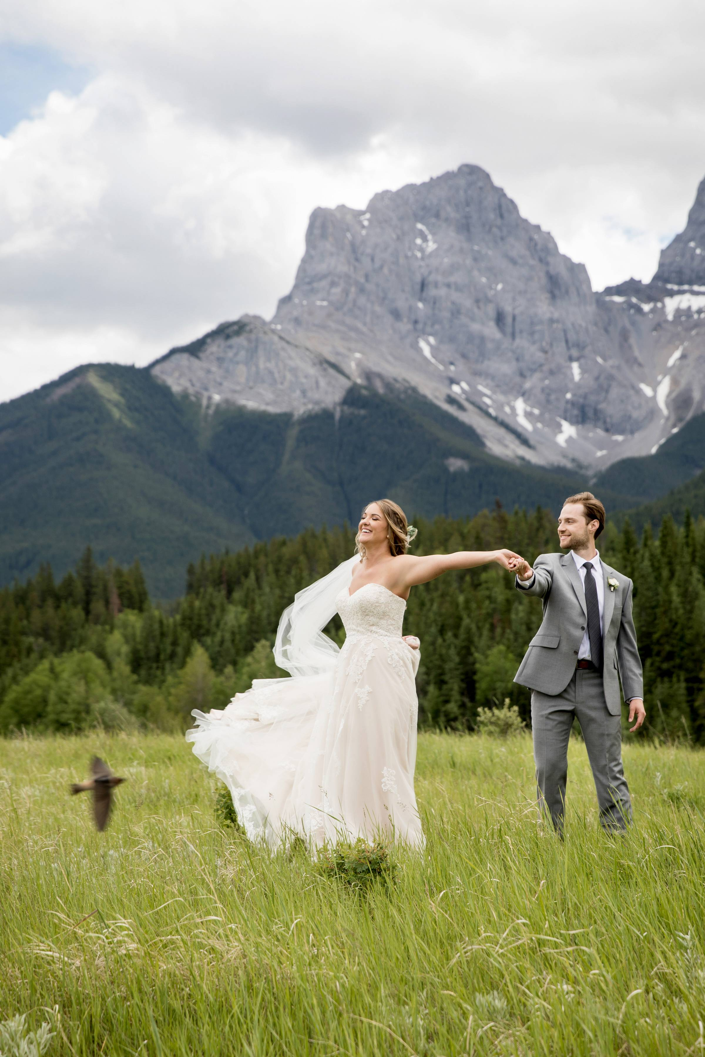 Canmore Wedding and Elopement Photographer, Canmore Micro Wedding, Canmore Intimate Wedding, Bride a