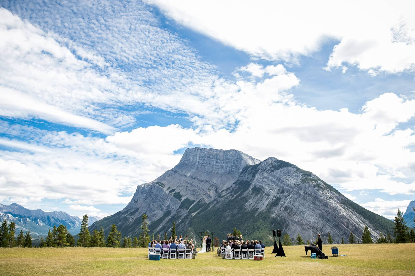 Banff Summer Wedding At Tunnel Mountain Reservoir Banff